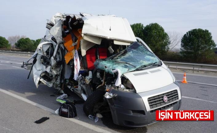 Sakarya'da trafik kazası geçiren milli motosikletçi Öncü kardeşler taburcu edildi