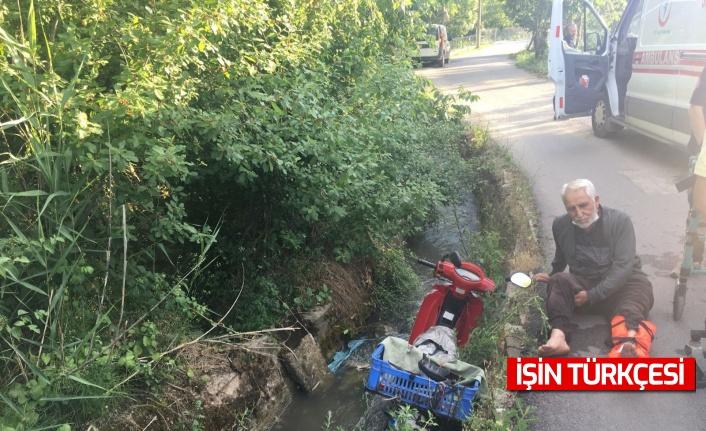Motosikleti ile yoldan çıkarak su kanalına uçtu: 1 yaralı