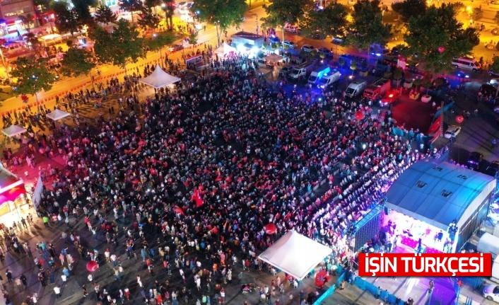 Sakarya halkı, 15 Temmuz'un 5. yıldönümünde de Demokrasi Meydanı'nda!