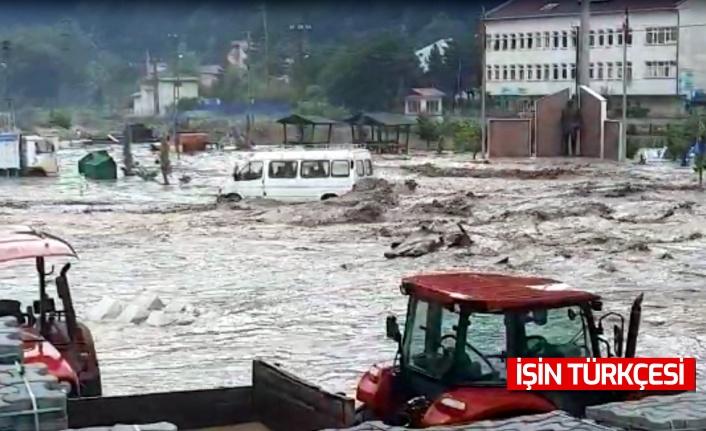 """AFAD açıkladı: """"Kastamonu'da sel sularına kapılan 2 kişi hayatını kaybetti."""""""