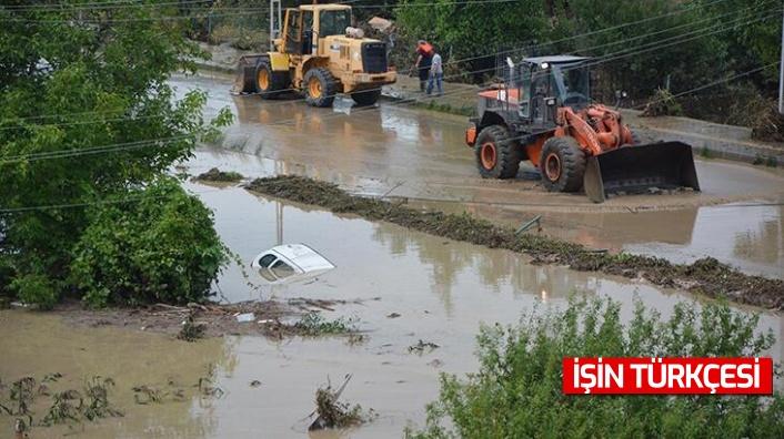 """AFAD: """"Yaşanan sel nedeniyle 70 vatandaşımız hayatını kaybetmiştir.''"""