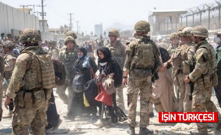 Kabil Havalimanı dışında meydana gelen izdihamda 7 Afgan hayatını kaybetti