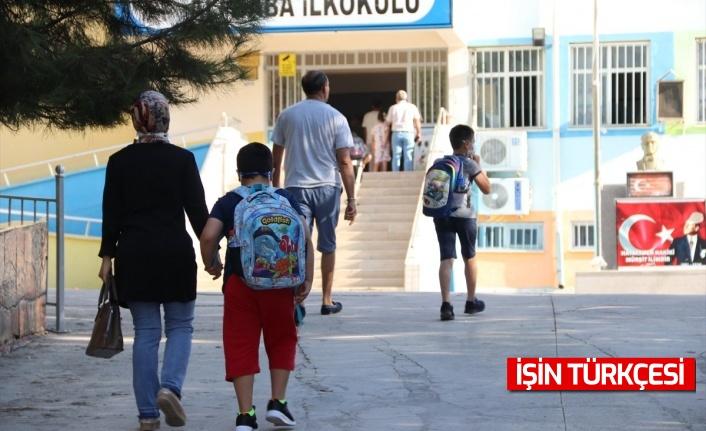 Öğrenciler okullarına kavuştu, Yüz yüze eğitim başladı