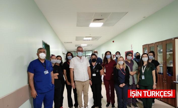 Sakarya'da aşı olmayan vatandaş yoğun bakım mücadelesi verdi