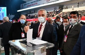 """Babaoğlu, """"Rabbim Genel Başkanımızı başımızdan eksik etmesin"""""""