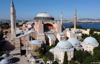 Ayasofya Camii'nin ibadete açılışı beyaz perdeye konu olacak