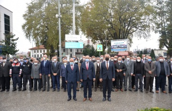 Hendek Belediyesi Uludere Tesislerinde Muhtarlar Günü Törenle Kutlandı