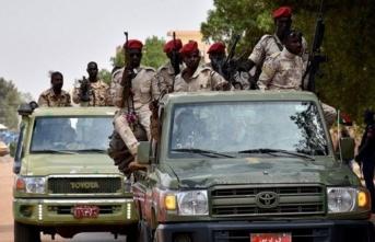 Sudan'da darbe girişimi: Bir grup asker başbakanı ev hapsine aldı
