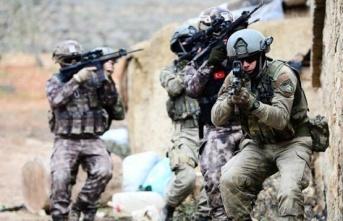 TSK'nin yürüttüğü operasyonla eylem hazırlığındaki 2 terörist öldürüldü