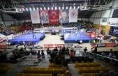 Üst Minik Erkek ve Kadınlar Türkiye Ferdi Boks Şampiyonası Sakarya'da başladı