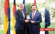 TOBB Başkanı Hisarcıklıoğlu'na Almanya Federal Cumhuriyeti Devlet Nişanı
