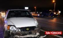 D-100 karayolunda cip ile otomobil çarpıştı: 1'i çocuk 6 yaralı