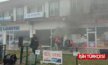 Karasu'da marketin deposunda çıkan yangın panik oluşturdu
