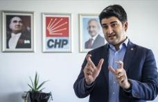 CHP'li Onursal Adıgüzel, sosyal medya düzenlemesine karşı olumsuz eleştiride bulundu
