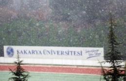 Sakarya'da beklenen kar yağışı etkisini göstermeye başladı