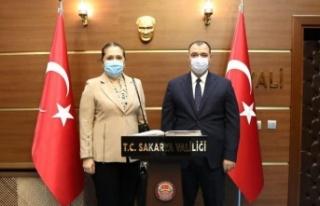 Kosova'nın İstanbul Başkonsolosundan Vali Çetin...