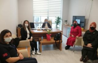 MHP Kadın Kolları'ndan Sağlıkçılara Moral...