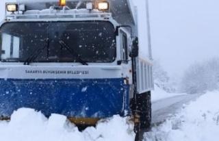 70 mahalle yolu ulaşıma açıldı
