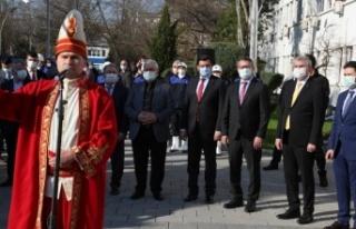 Büyükelçi Hazar İbrahim Mehteranla Gururlandı...