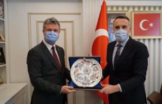 MHP İl Başkanı Akar'dan, Ak Parti İl Başkanı...