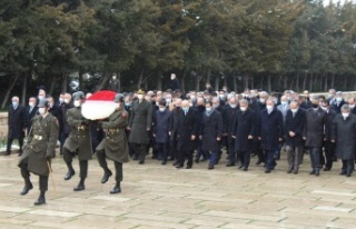 MHP Lideri Bahçeli ve heyeti Anıtkabir'i Ziyaret...