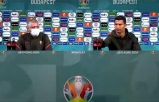 Ronaldo'dan basın toplantısında 'kola...
