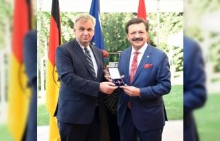 TOBB Başkanı Hisarcıklıoğlu'na Almanya Federal...