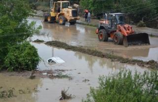 """AFAD: """"Yaşanan sel nedeniyle 70 vatandaşımız..."""
