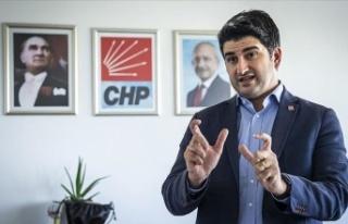 CHP'li Onursal Adıgüzel, sosyal medya düzenlemesine...