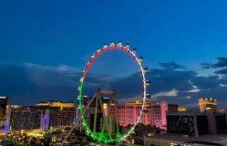 Dubai'de dünyanın en büyük dönme dolabının...