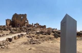 Gizemli monolit bu seferde Diyarbakır'da ortaya...