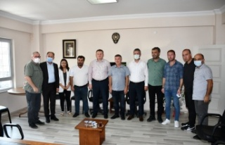 MHP Grup Başkanvekili Muhammed Levent Bülbül ve...