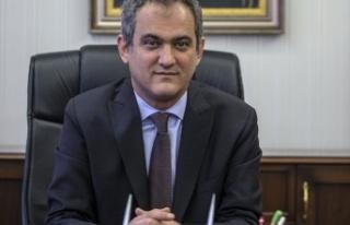 Milli Eğitim Bakanı Ziya Selçuk istifa etti, yerine...