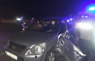 Kaynarca'da cip ile hafif ticari araç çarpıştı:...