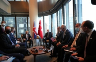 Cumhurbaşkanı Recep Tayyip Erdoğan, Johnson'u...