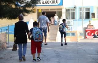 Öğrenciler okullarına kavuştu, Yüz yüze eğitim...