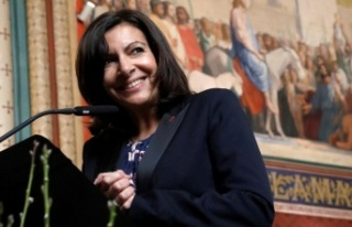 Paris Belediye Başkanı Anne Hidalgo, cumhurbaşkanlığı...