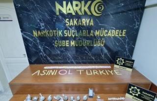 Sakarya'da uyuşturucu operasyonlarında 48 şüpheli...