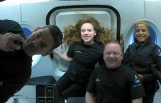 SpaceX'in 4 amatör astronotundan ilk görüntüler...