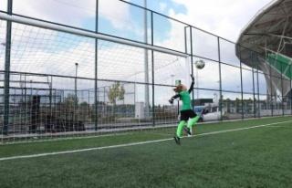 Geleceğin Muslera'sı, futbolcu şehri Sakarya'da...