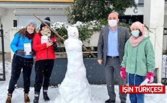 Erenler Belediye Başkanı Fevzi Kılıç çocukların kar sevincine ortak oldu