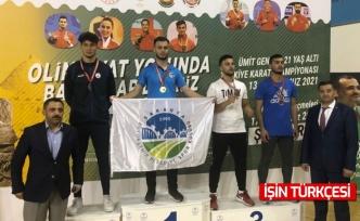 Büyükşehirli karateci Abdülkerim Balıkçıoğlu, Türkiye şampiyonu!