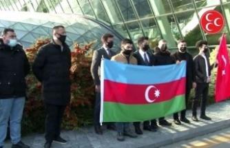MHP heyeti, Şuşa'da açılacak okul için Azerbaycan'a geldi