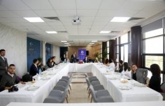 Rektör Mehmet Sarıbıyık SUBÜ mezunu basın mensupları ile buluştu