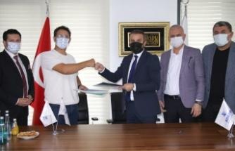 Sakaryaspor'un yeni sağlık sponsoru Özel Adatıp Hastanesi
