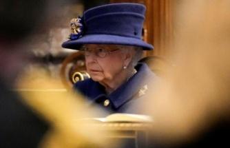 Kraliçe II. Elizabeth, geceyi hastanede geçirdi