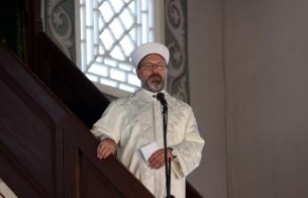 Diyanet İşleri Başkanı Prof. Dr. Erbaş, Kosova'da hutbe irad etti