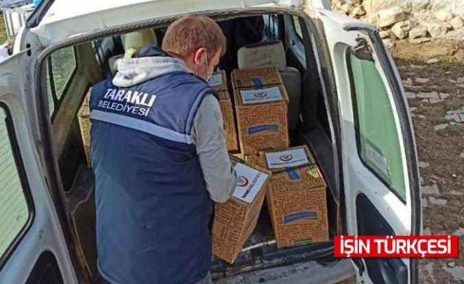 Taraklı Belediyesi Sıcak Yemek ve Gıda Kolisi Yardımı Yapıyor