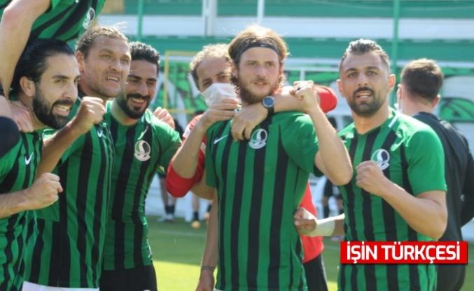 Sakaryaspor bu sezon da 1.Lig hayallerini Play-Off'a bağladı