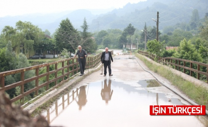 Sakarya'da selden etkilenen bölgelerde çalışmalar sürüyor
